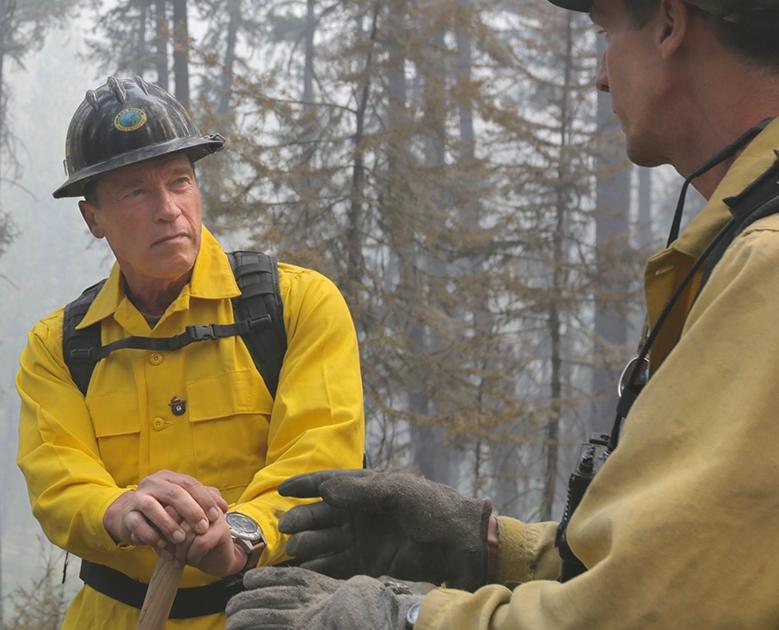 Arnold Schwarzenegger fights California wildfires