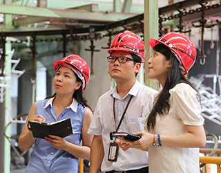 EDF Climate Corps fellows onsite in China